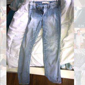 Light Abercrombie Jeans